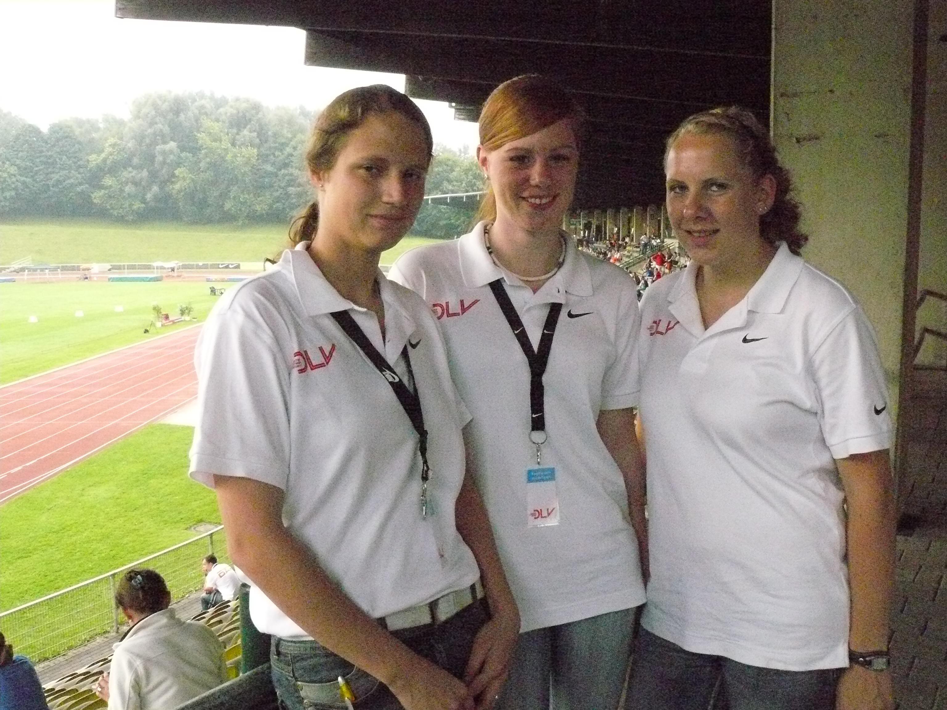2008.07.27. - 10.03 - Claudia,Kira,Ines